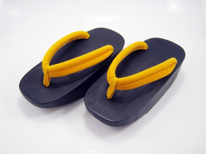 Fit Geta-14 รองเท้าเกี๊ยะไม้ดำ เชือกสีเหลือง