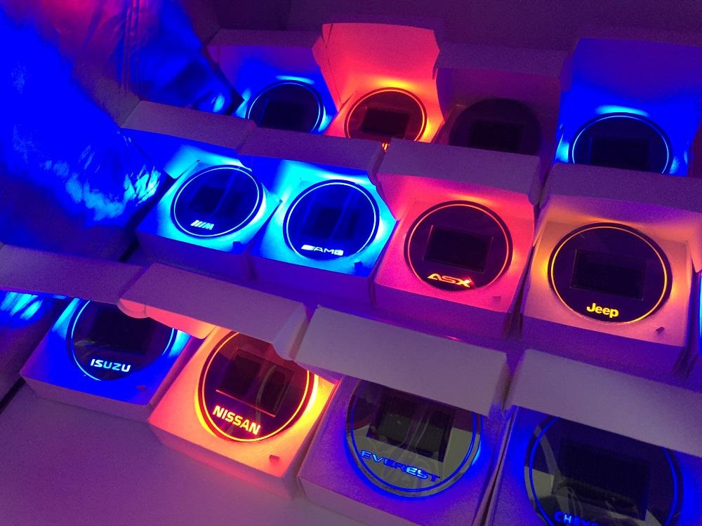 LED cup holder ที่รองแก้ว ที่วางแก้ว วางขวด แบบมีไฟ สวยงาม ตรงรุ่น