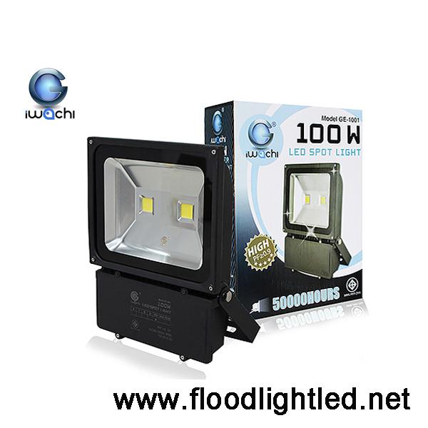 สปอร์ตไลท์LED IWACHI 100w (แสงขาว)