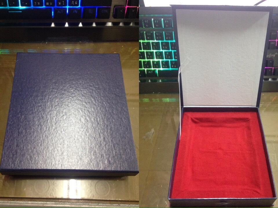 กล่องใส่อินทรนู/เครื่องราชย์ สีน้ำเงิน