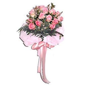 ช่อกุหลาบวาเลนไทน์สีชมพูช่อเล็ก 10 ดอก