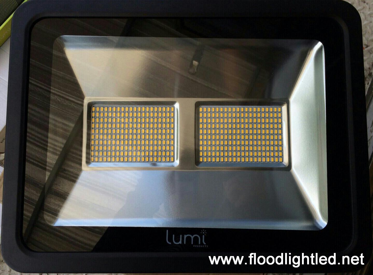 สปอร์ตไลท์LED Lumi 200w แสงขาว