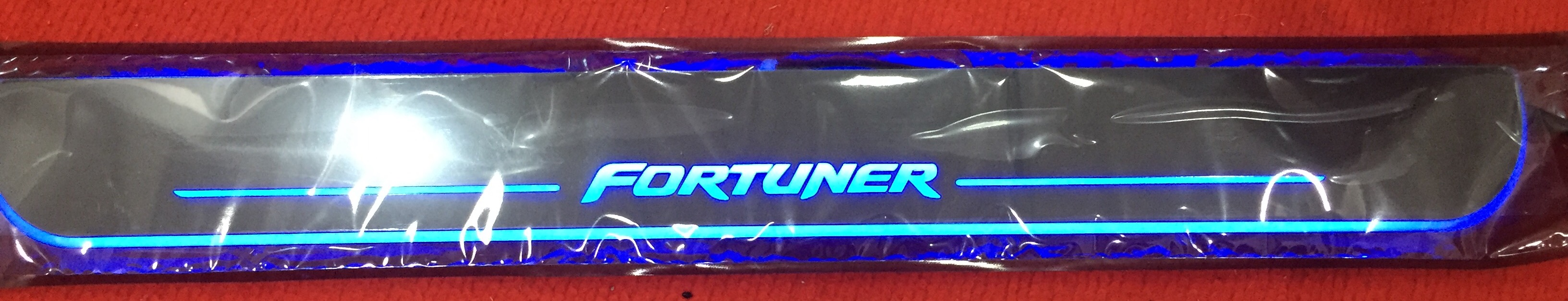 LED sill scuff plate-Fortuner