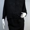 TWIST by ololo tini เสื้อเชิ๊ตดำทรงกว้าง (ค้างคาว) เอวกึ่งลอย