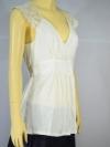 FQ&L เสื้องานผ้าลูกไม้ด้านบน ผ้ายืดด้านล่าง จั๊มเอวผูกโบว์ สีขาวอ๊อฟไวท์