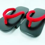 Geta-05 รองเท้าเกี๊ยะไม้ดำเชือกสีแดง