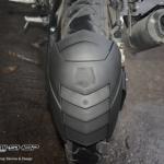 กันน้ำดีด Leon ขาคู่ สำหรับ Yamaha R15