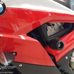 กันล้มข้าง Moth สีดำ BMW S1000RR