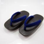 Fit Geta-16 รองเท้าเกี๊ยะไม้ดำ เชือกสีน้ำเงิน
