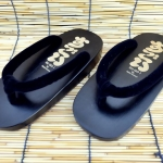 SUGOI-06 รองเท้าเกี๊ยะไม้ดำเชือกดำ