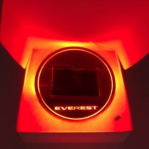 Everest Red สีแดง